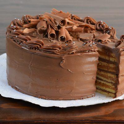 Torta de Panqueque Chocolate Manjar (15 personas)
