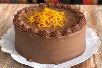 Torta de Panqueque Chocolate Naranja (15 personas)