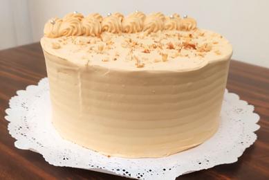 Torta de Panqueque Mousse Manjar Nuez (15 personas)